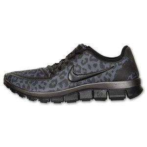 Nike free run 5.0 leopard sneakers